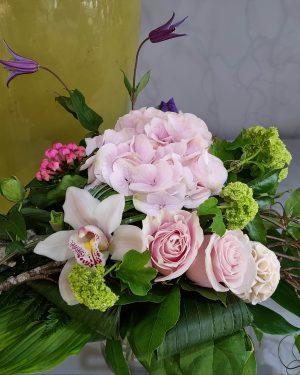 bouquet moderne hortensia rose